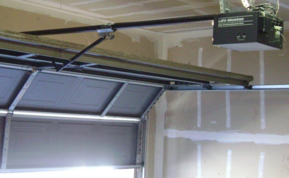 Roller Door Repairs Perth picture